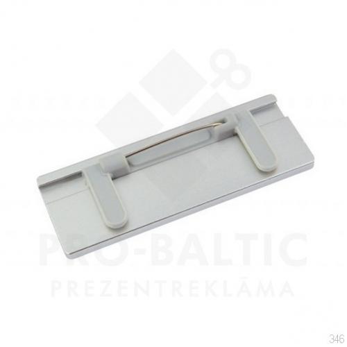 Nozīmītes 70x25 mm ar adatas stiprinājumu ar apdruku (cena bez logo)